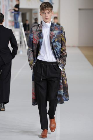 images/cast/10150473661917035=my job on fabrics Fall 2012 dries van noten man collection